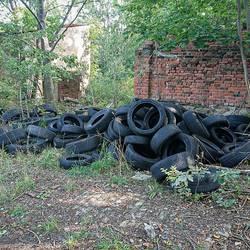 Reifenablagerungen Spora Siedlung ©Gemeinde Elsteraue
